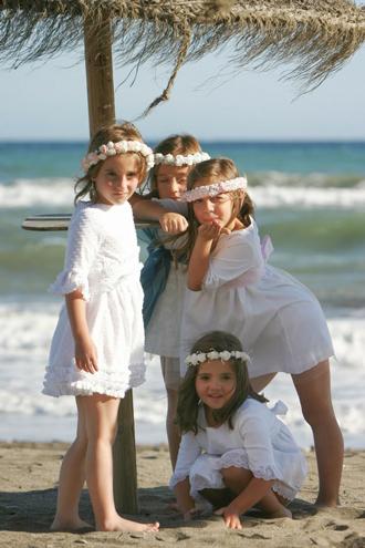 ninos-boda-ibicenca-verano-Encontrado-en-bodascucas.blogspot.com.es