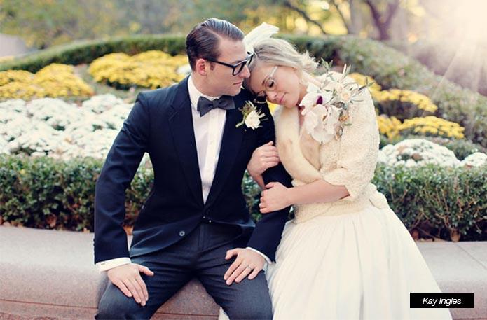 Un novio con gafas www.weddingpassion.es-foto-via-pinterest-691x457