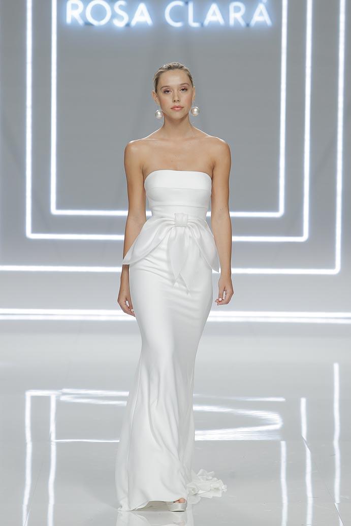 LLUVIA-DE-TENDENCIAS-www.weddingpassion.es-Barcelona-Bridal-Fashion-Week-Rosa-Clara-01
