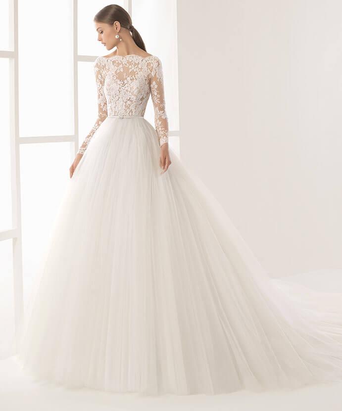 vestidos-de-novia-manga-larga-estilo-princesa-691x831