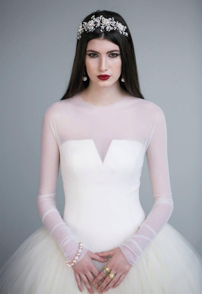 vestidos-de-novia-manga-larga-sencillos-691x1005