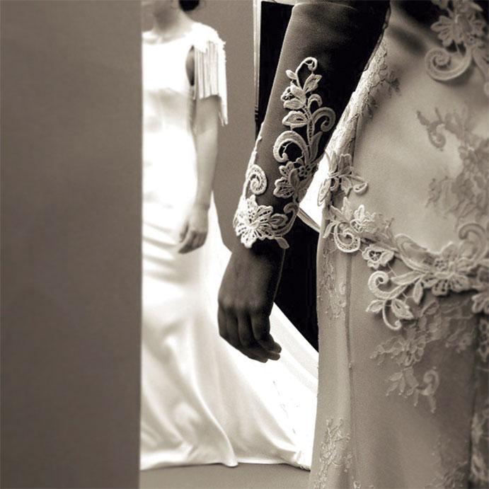 vestidos-novia-manga-larga-encaje-691x691