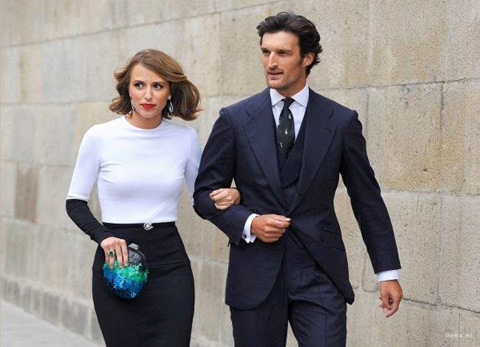 Las invitadas perfectas del 2014 mejor look invitada falda negra 691 x 500