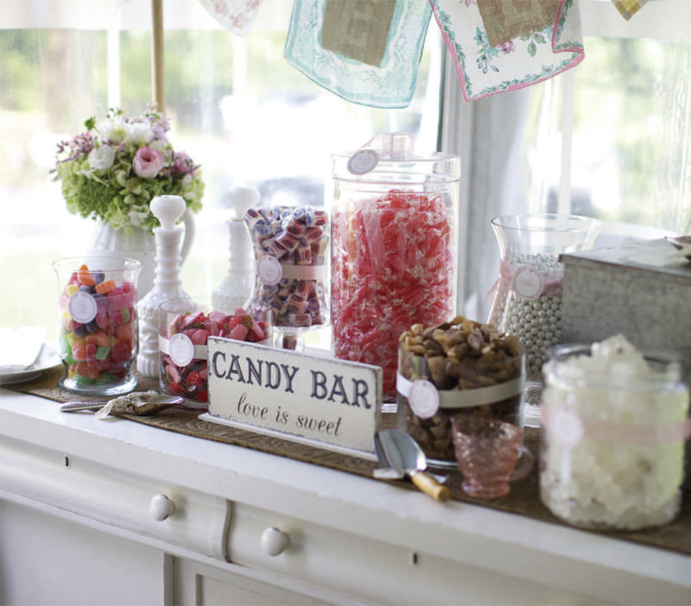 Un-corner-para-cada-boda-www.weddingpassion-candy-bar-691x606.jpg