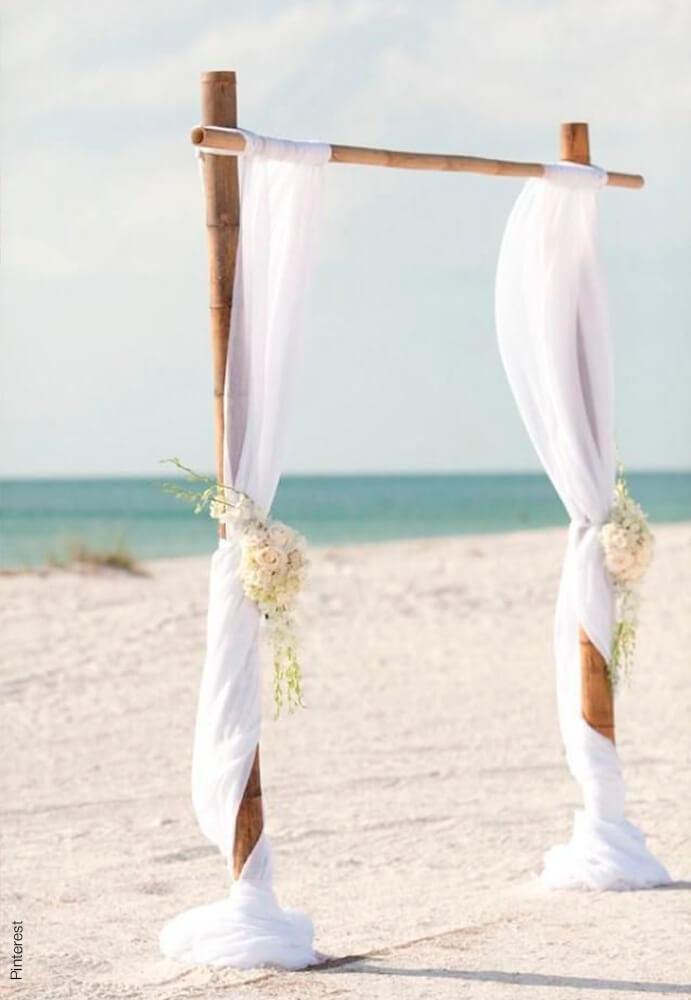 boda-civil-en-la-playa-691x1000