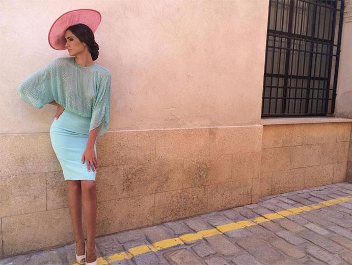 vestidos-de-fiesta-cortos-5-tips-para-usarlos-en-una-boda-weddingpassion-es-foto-patricia-bazarot-691-x-521