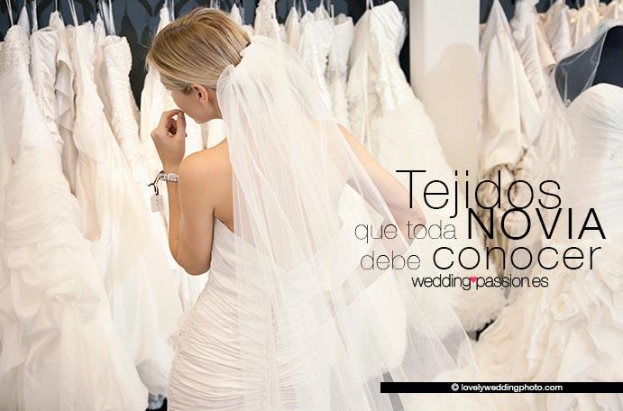 Tejidos que toda novia debe conocer www.weddingpassion.es-foto-de-lovelyweddingphoto.com 691x 456