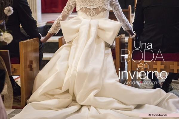 Una boda en invierno vestido espalda weddingpassion 691 x 469