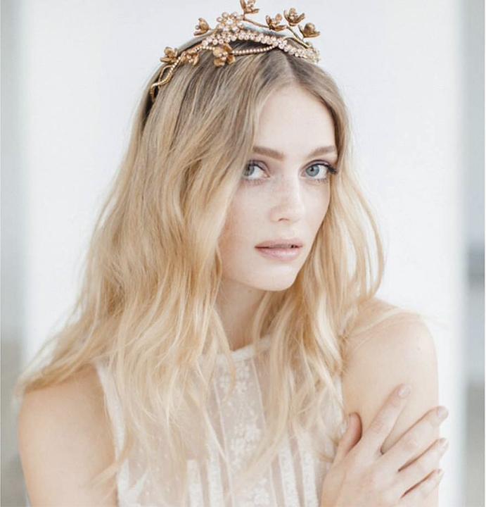 © Jannie-Baltzer-Couture-Headpieces Foto © Sandra Aberg vestido © Yolan Cris