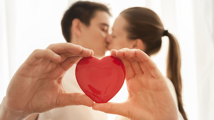 10 gestos de amor para dar el si quiero www.weddingpassion.es via elconfidencial.com