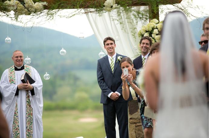 ¿Qué hacer con los móviles en tu boda?