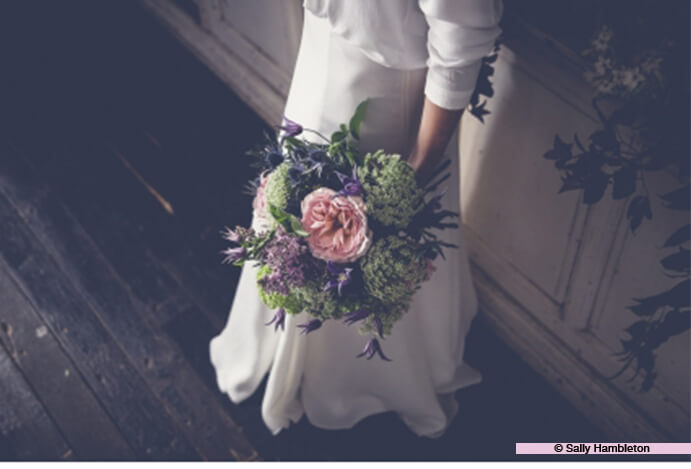 ramo-flores-novia-691x469