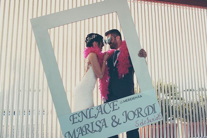 Fotos de boda original para inspirarte www.weddingpassion.es via sublim.es