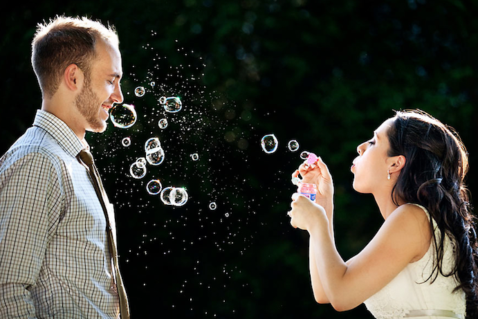 Fotos de boda originales para inspirarte www.weddingpassion.es via fearlessphotgrapher.com