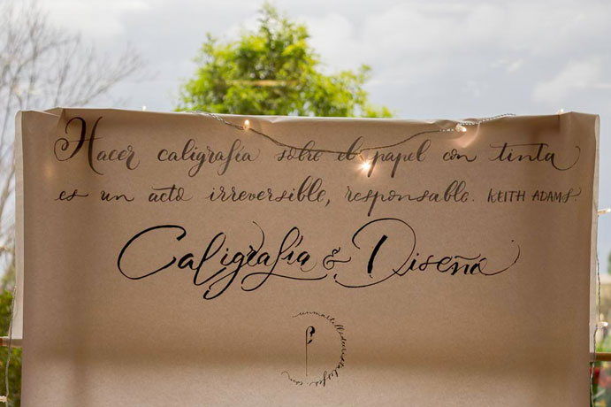 Un-martillo-de-cristal-es-feo-Caligrafia-para-tus-invitaciones-www.weddingpassion.es-8