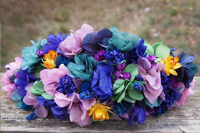 coronas-de-flores-para-el-pelo-691x460