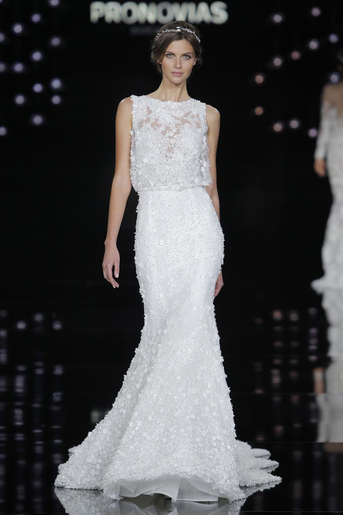 LLUVIA-DE-TENDENCIAS-www.weddingpassion.es-Barcelona-Bridal-Fashion-Week-Pronovias-03