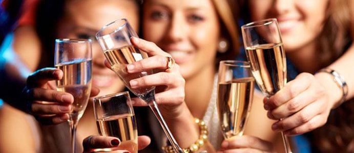 organizar despedida de soltera champán 691 x 300