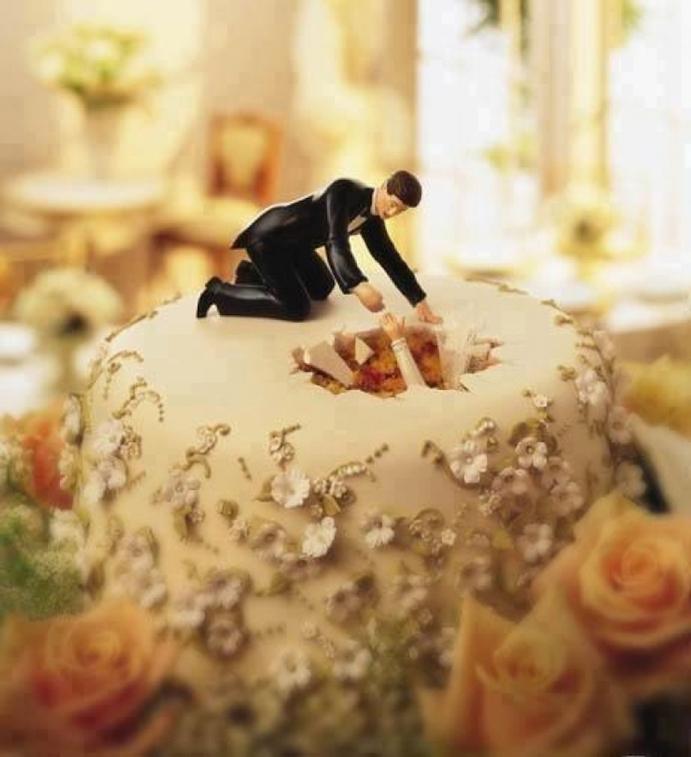 casate-como-quieras-www.weddingpassion.es-foto-via-pinterest-pastel-boda-diferente-691x757-.jpg