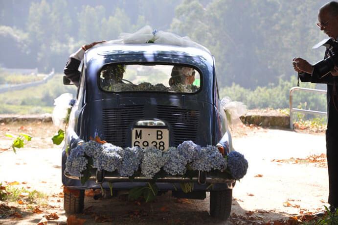 coches-de-epoca-para-bodas-691x459