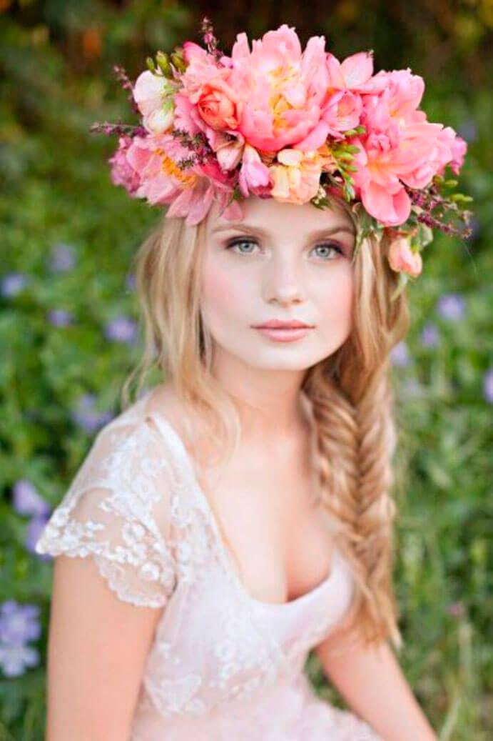 coronas-de-flores-para-el-pelo-691x1037