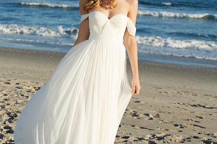 que-llevar-para-una-boda-lejos-de-casa-www-weddingpassion-es-via-weddinggowns-691-x-460.jpg