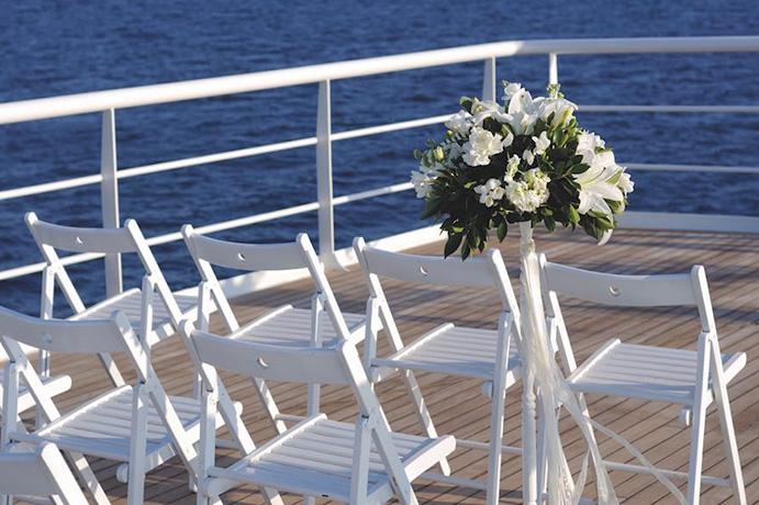 amor-en-alta-mar-via-nautical-news-weddingpassion-es-691-x-460.jpg