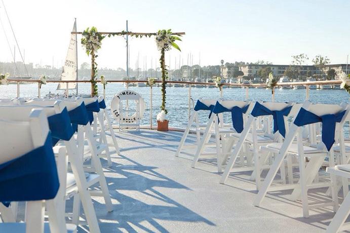 amor-en-alta-mar-via-nautical-news-today-weddingpassion-es-691-x-460