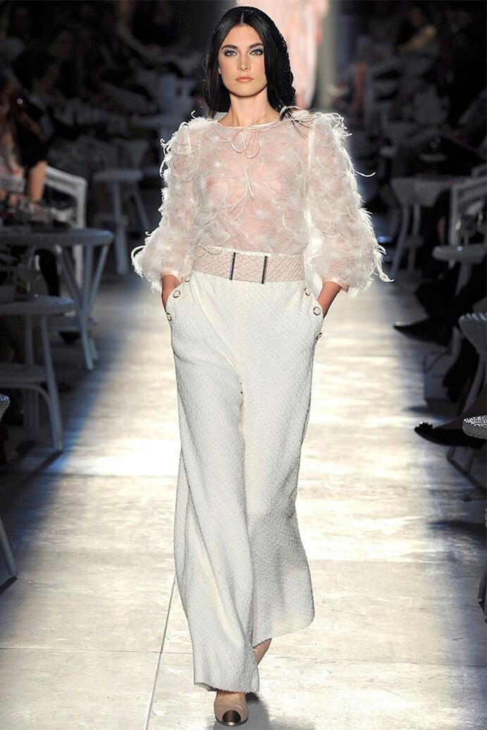 pantalon-y-blusa-para-boda-691x1036.
