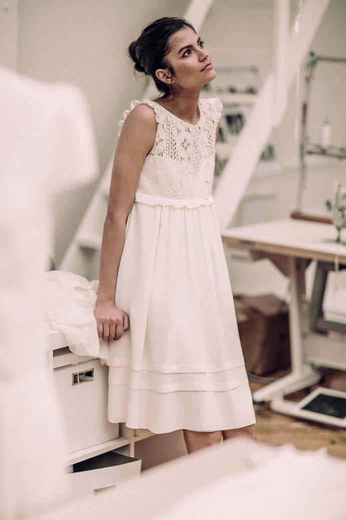 vestidos-cortos-de-novia-www-weddingpassion-es-laure-de-sagazan-vestidos-cortos-691x1037