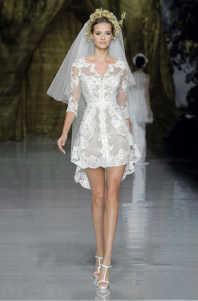 yo-me-caso-con-vestido-corto-de-novia-www-weddingpassion-es-PRONOVIAS-691x1049
