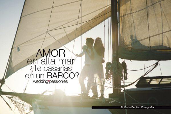 amor-en-alta-mar-te-casaria-en-un-barco-weddingpassion-es-foto-mariabenitezfotografia-691-x-460