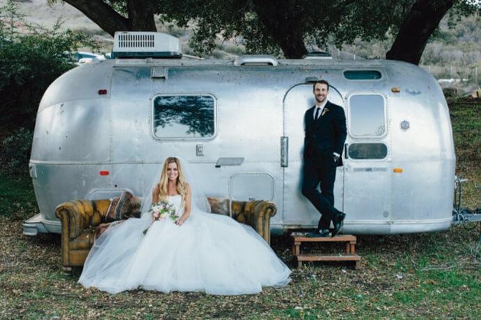food-trucks-una-boda-sobre-ruedas-weddingpassion-es-john-robert-woods-691-x460