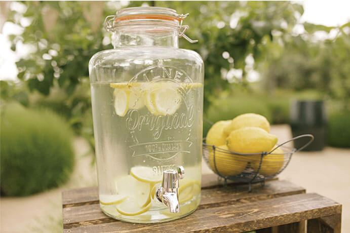 puesto-limonada-boda-691x460