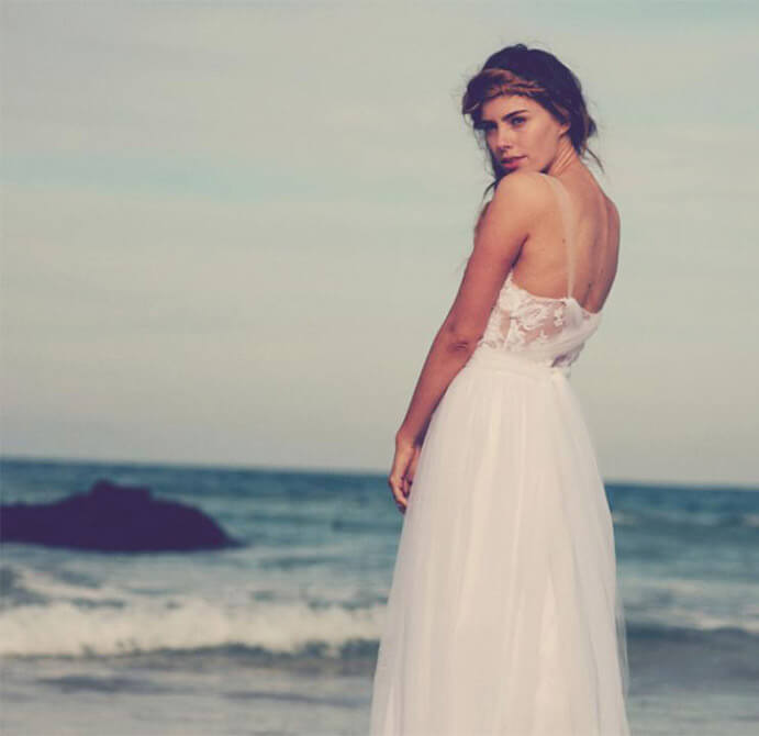 vestidos-de-novia-sencillos-691x670