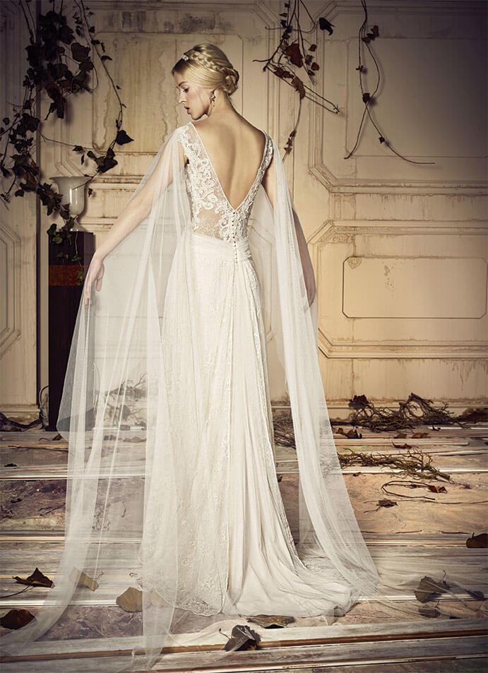 Vestidos-novia-espalda-descubierta-Jose-M-Peiro--691-x-953-