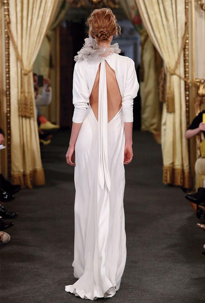 Vestidos-novia-espalda-descubierta-NIHIL-OBSTAT-691-x-1024