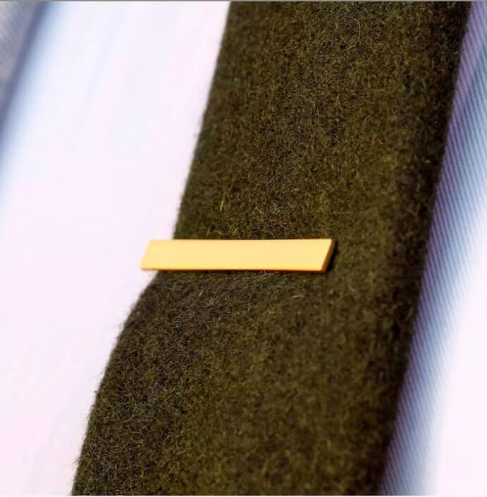 pisa-corbata-color-oro-691-x-704