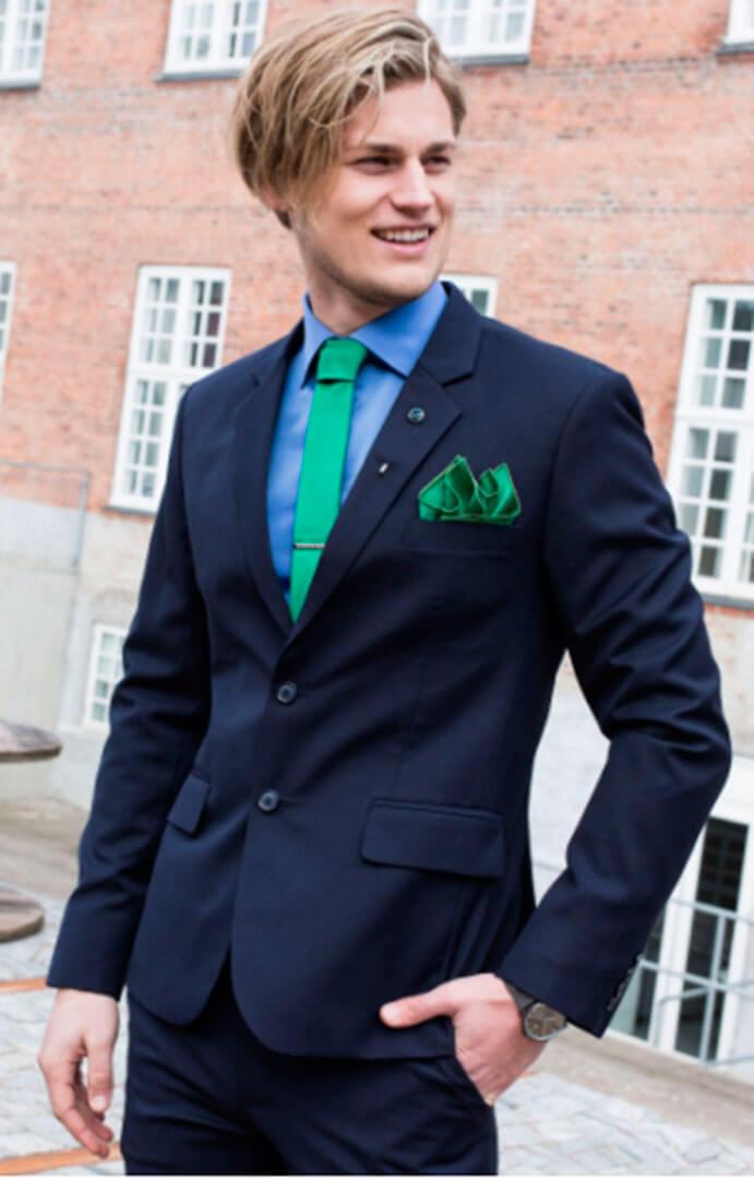 pisa-corbata-y-corbata-verde-novio-691-x-1082