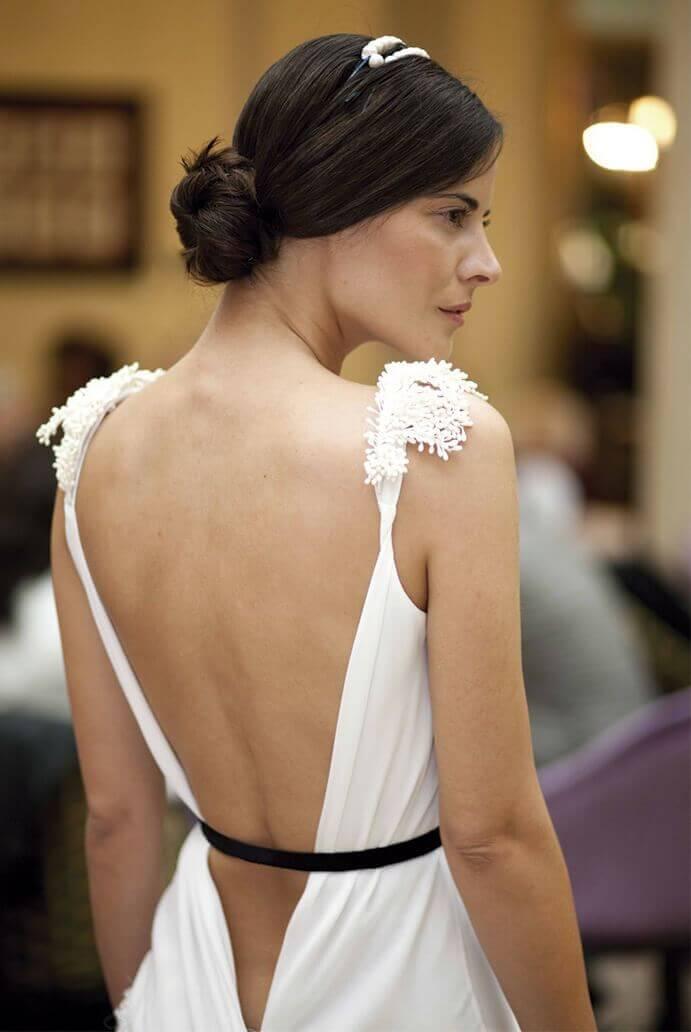 vestidos-espalda-descubierta-691x1032