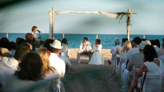 boda-ibicenca-playa-691x389